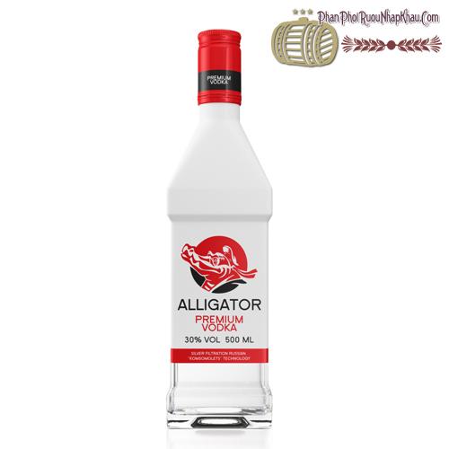 Rượu vodka cá sấu đỏ - phanphoiruounhapkhau.com