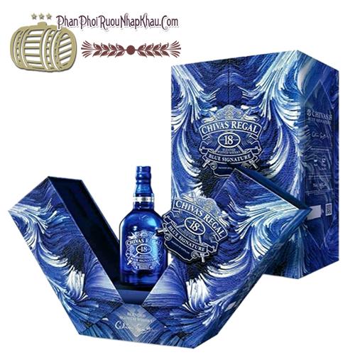 Rượu Chivas 18 mẫu mới 2021