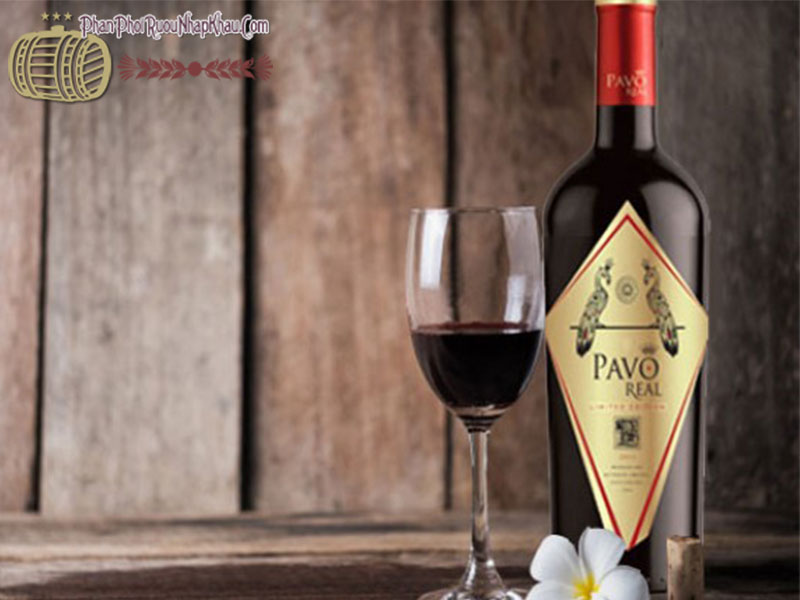 pavo real limited carbernet carmenere